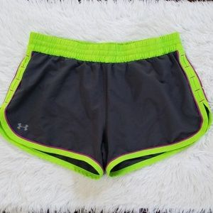 Under Armour Women's Running Shorts Sz Small